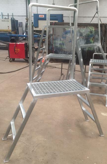 Fabricación de escaleras de  trabajo y plataformas de trabajo