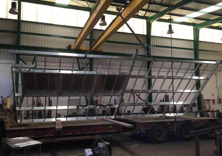 Fabricación de tapas de arqueta de gran dimensión en aluminio